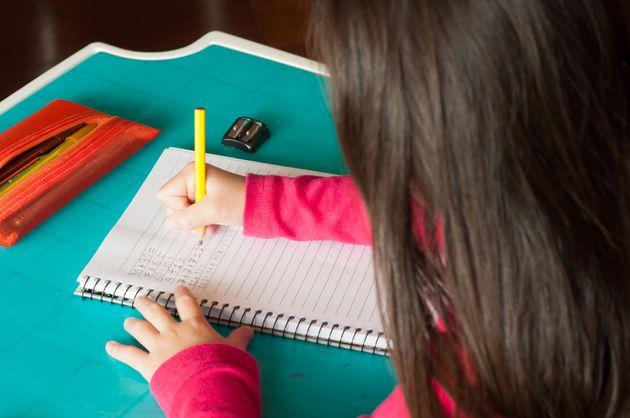 De acordo com a Associação Nacional De Educação Domicilia, 7.500 famílias...