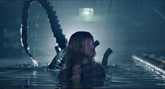 Os assustadores xenomorfos voltam em bandos em Aliens: O