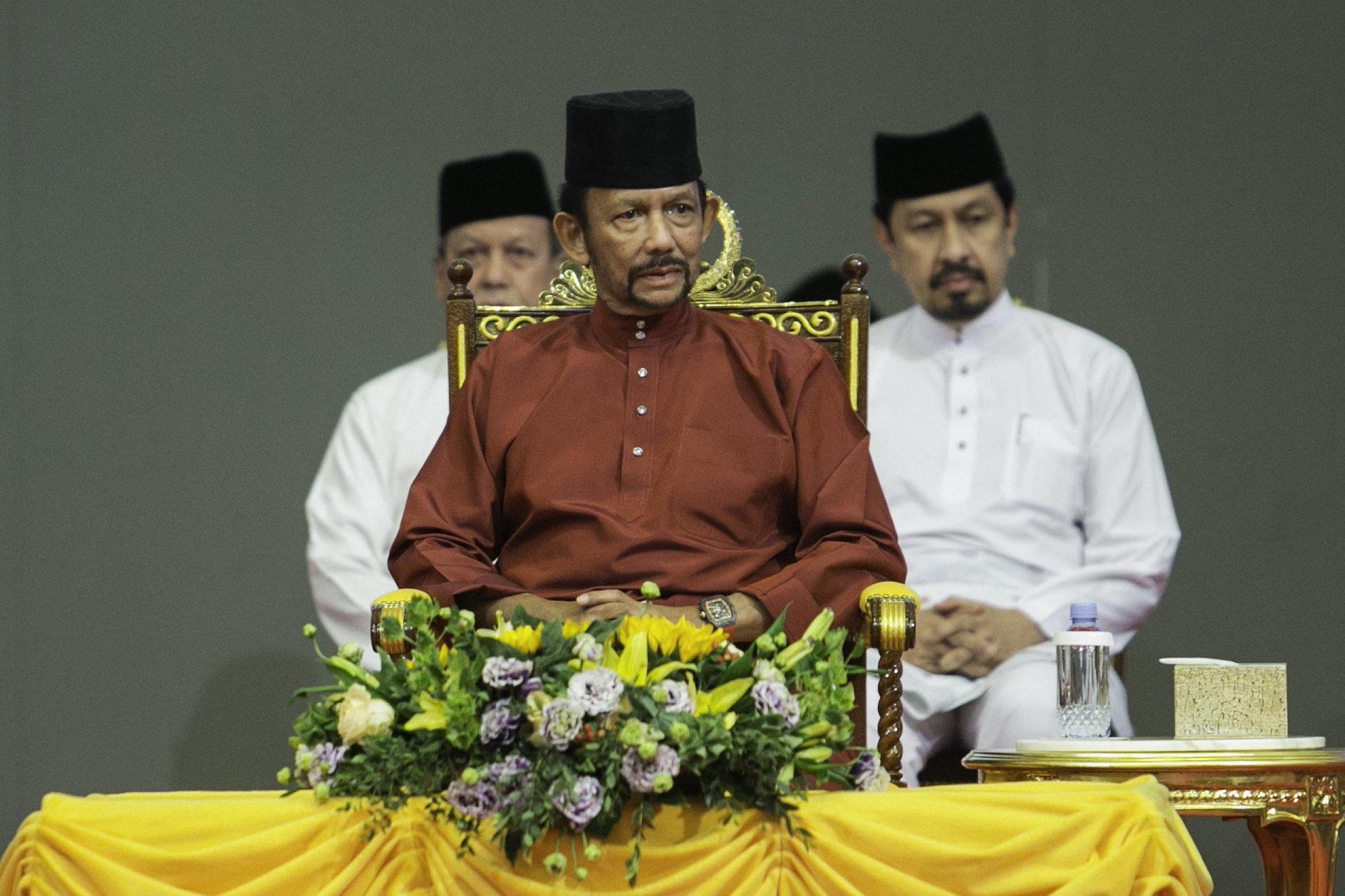 Pourquoi le sultan de Brunei veut renforcer son image auprès des plus