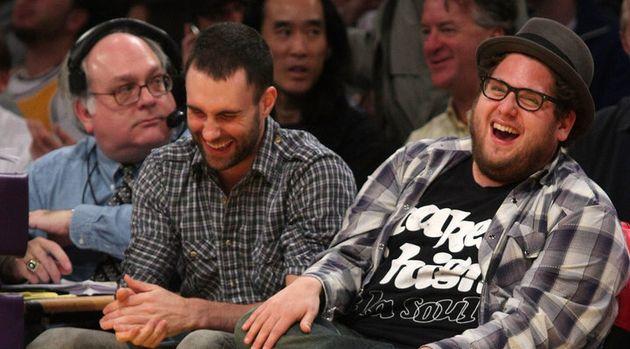 O líder do Maroon 5 e o ator de Superbad são amigos de