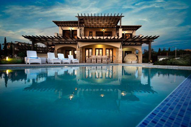 Εθνικής Πανγαία: Απέκτησε πλειοψηφική συμμετοχή στην Aphrodite Hills Resort και στην Aphrodite