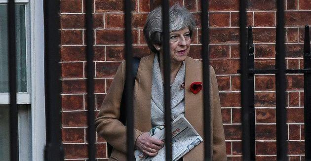 Comment Theresa May essaie de se libérer de la prison du
