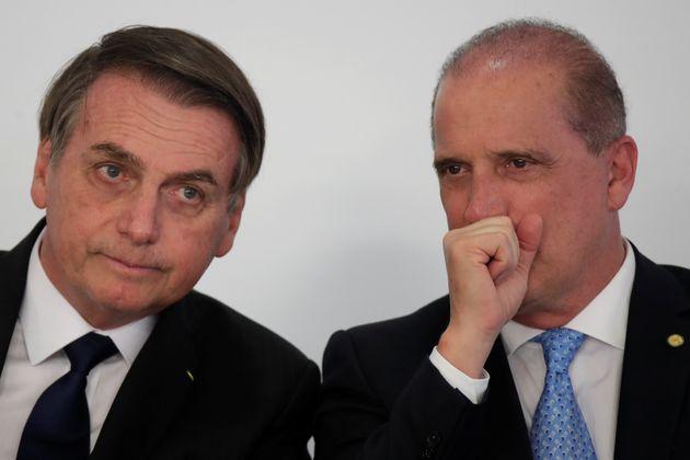 Bolsonaro convidará líderes de 6 partidos para integrar base do governo, diz