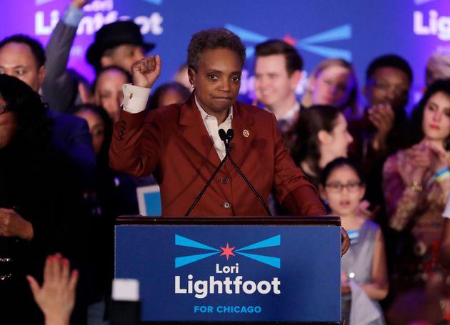 Desde 1837, os eleitores de Chicago elegeram apenas um prefeito negro e uma prefeita