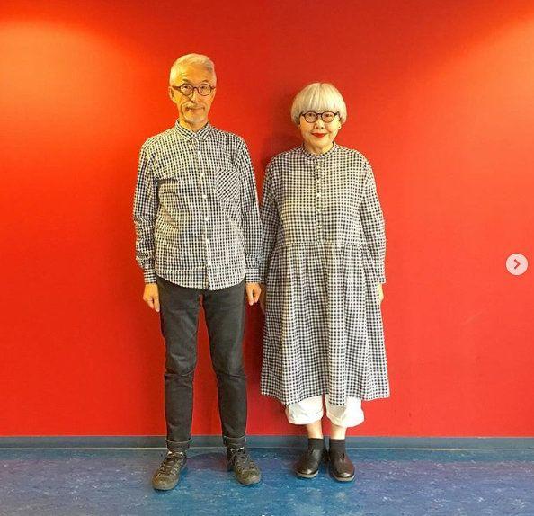 귀여운 60대 커플룩으로 인스타그램 스타가 된 일본인 폰·본