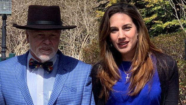 Η Λώρεν Μιράντα με τον δικηγόρο