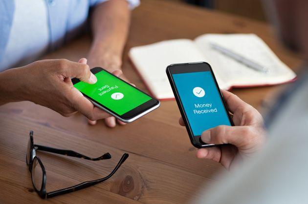 Les banques lancent un service de paiement mobile instantané (Photo