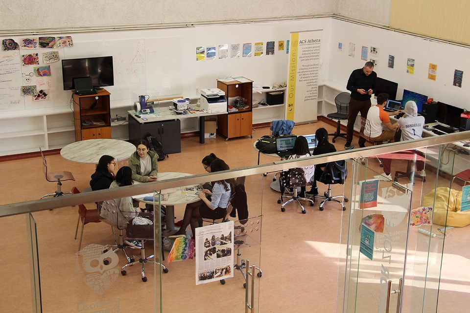Οι μαθητές τριών ελληνικών σχολείων και του ACS Athens στέλνουν ελληνικό μέλι και λάδι στο