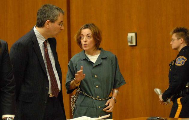La abogada valenciana María José Carrascosa, retenida en un aeropuerto de