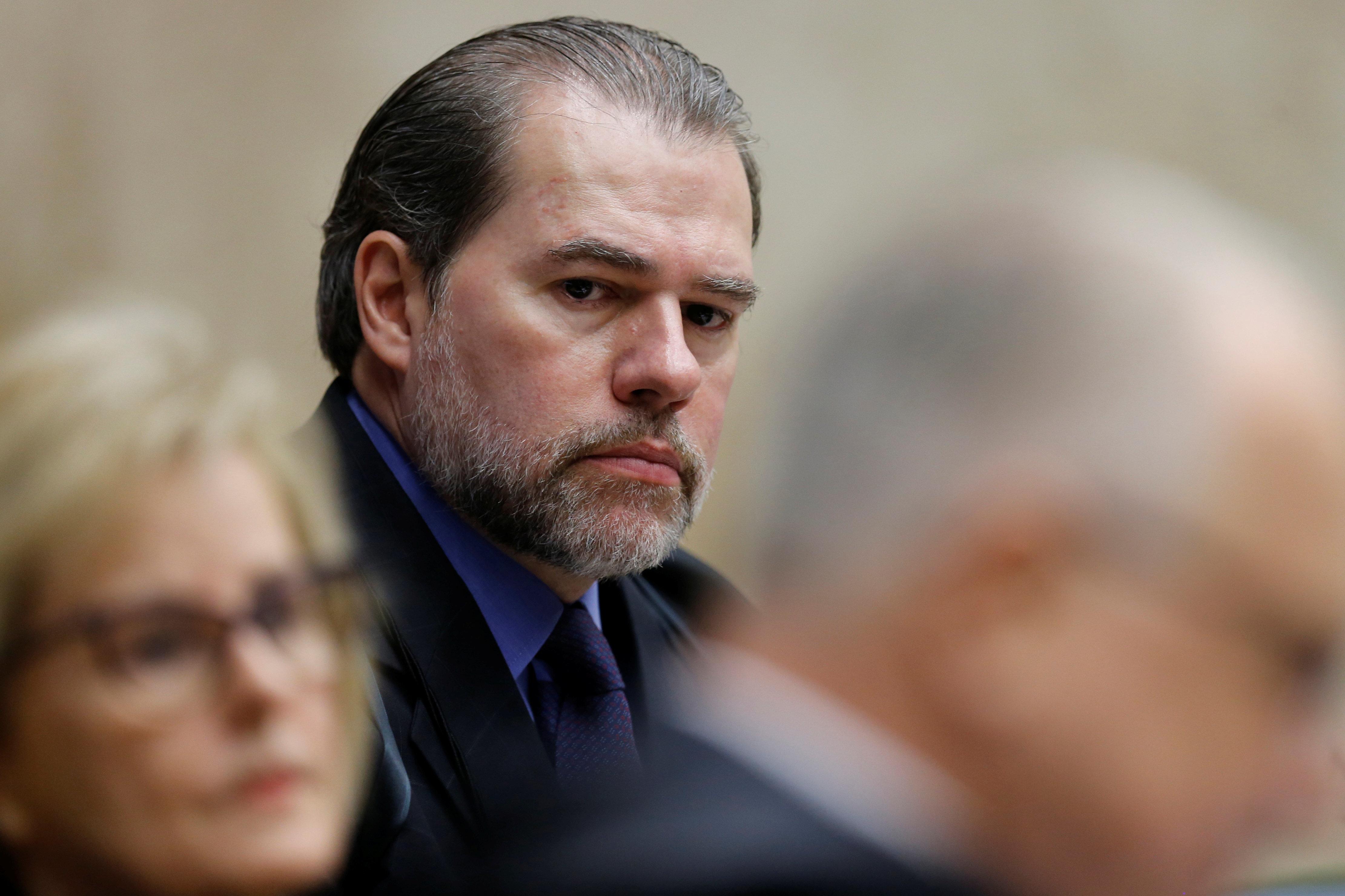 Toffoli retira da pauta do STF julgamento sobre prisão em segunda