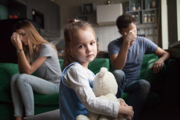 Οι γονείς στη Δανία θα παρακολουθούν υποχρεωτικά μαθήματα εάν θέλουν να πάρουν