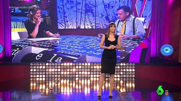 El percance de Sandra Sabatés al subir al escenario en el programa más especial de 'El