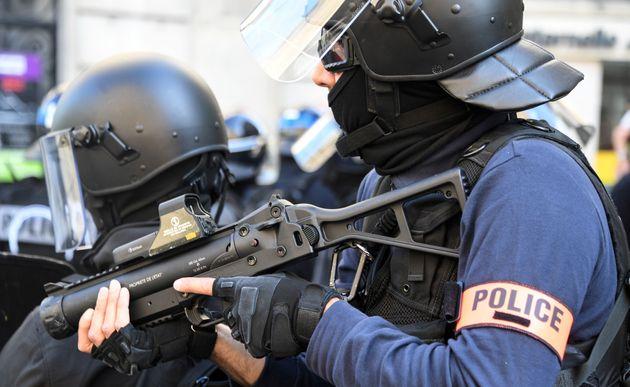 Une information judiciaire a été ouverte après un tir de LBD ayant blessé...