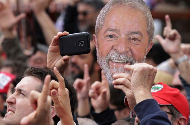 """""""Enquanto o PT for escravo da agenda 'Lula Livre', ele perde protagonismo, porque as..."""