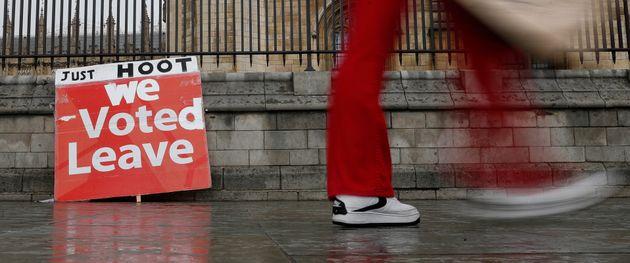 '우리는 (이미) 탈퇴에 투표했다' - 브렉시트에 찬성하는 문구가 적힌