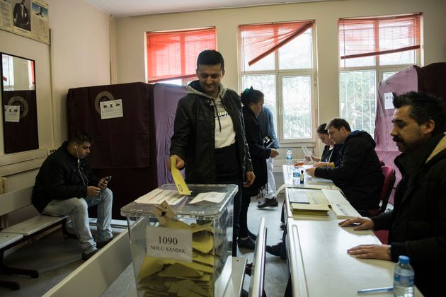 Τουρκία: Ακύρωση των εκλογών στην Κωνσταντινούπολη ζητάει το κόμμα του