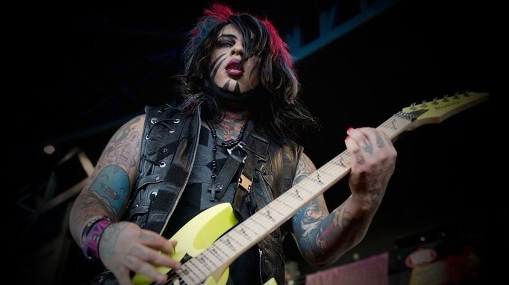 Dahvie Vanity Raped A Child  Police Gave Him A Warning  Now 21 Women