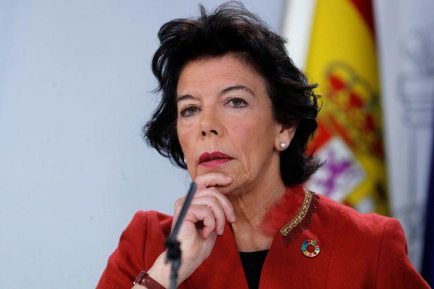 Isabel Celaá, la ministra portavoz, durante la rueda de prensa de hoy en La