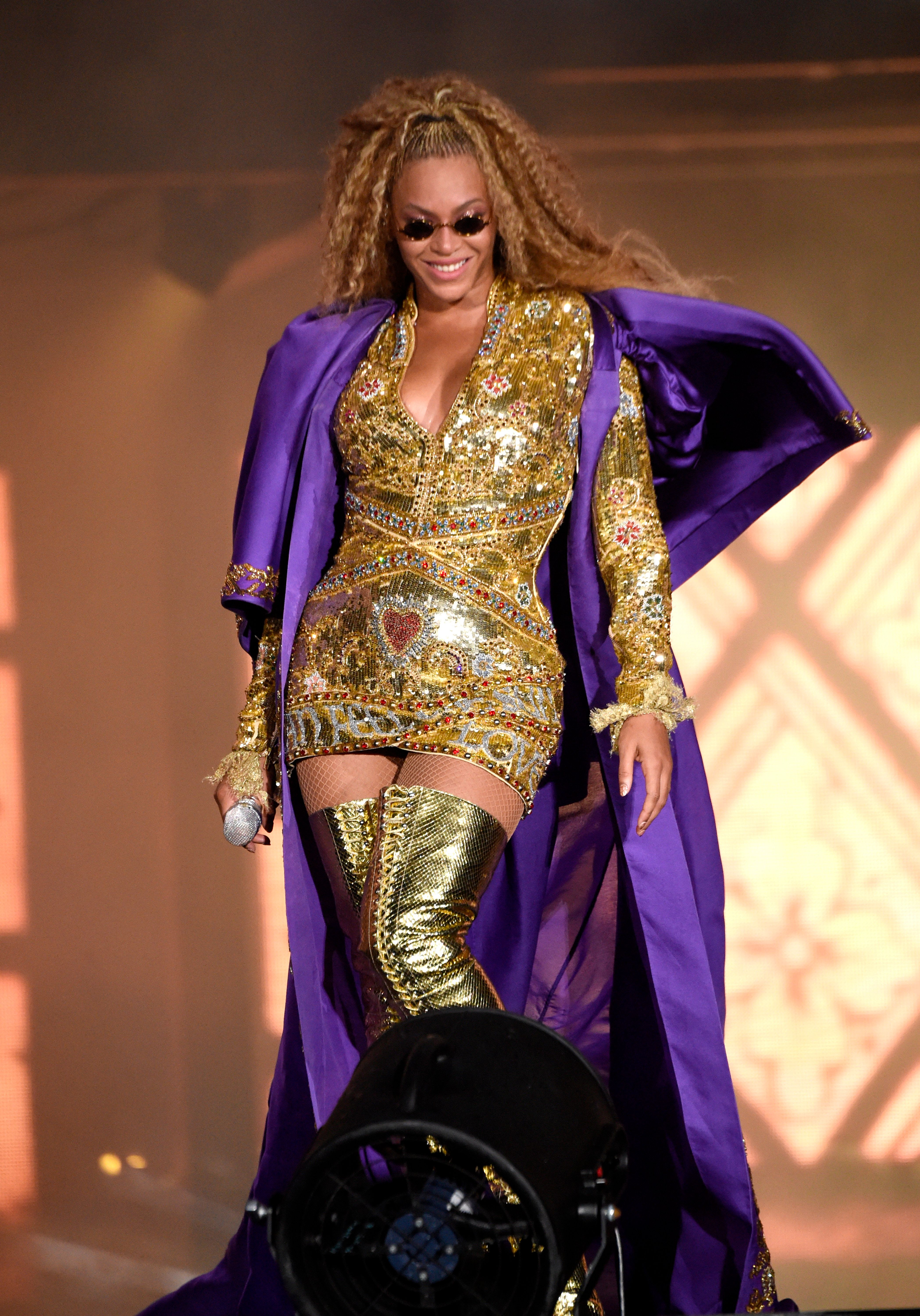 EAST RUTHERFORD, NJ - AUGUST 02:  Beyonce performs on stage during the 'On the Run II' tour at MetLife Stadium on August 2, 2018 in East Rutherford, New Jersey.  (Photo by Kevin Mazur/Getty Images for Parkwood Entertainment)