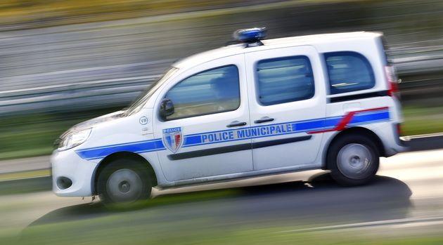 Deux fonctionnaires de la police municipale d'Avignon ont été retrouvés morts dans...
