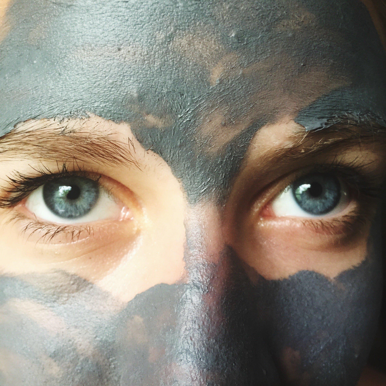 Dermatologistas recomendam acrescentar antioxidantes à sua rotina de cuidados com a pele, para...