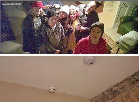 Cette famille découvre une caméra cachée dans son