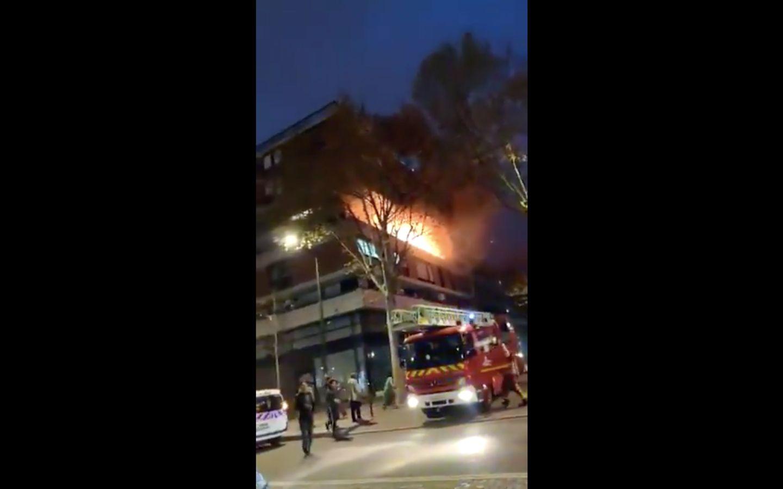 Un violent incendie ravage un immeuble du 19e arrondissement de