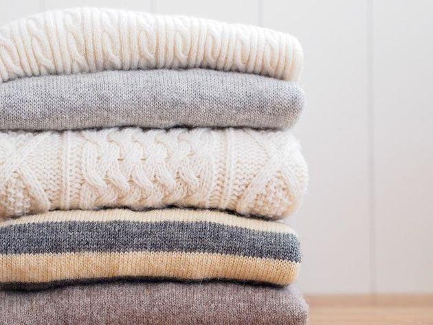 ニットやマフラーの「しまい洗い」はGWまでに。長く使える、正しい洗い方は?