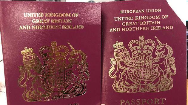 Η «Ευρωπαϊκή Ένωση» έφυγε από τα βρετανικά διαβατήρια, πριν το