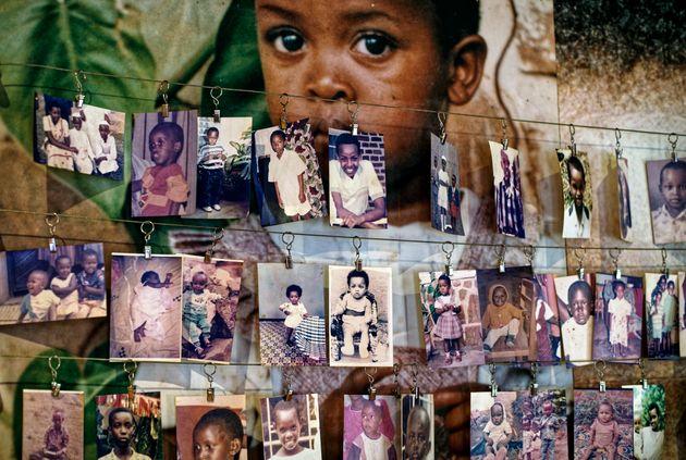 Des photographies d'enfants décédés exposées au centre commémoratif...