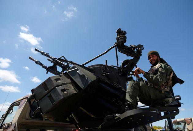 Τρίπολη: Αεροπορική επιδρομή από τις δυνάμεις του Χαφτάρ - Δεν υπήρξε