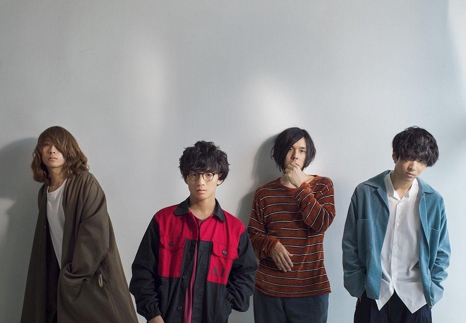 左から、イガラシさん(Bass) / wowakaさん(Vocal \u0026 Guitar)