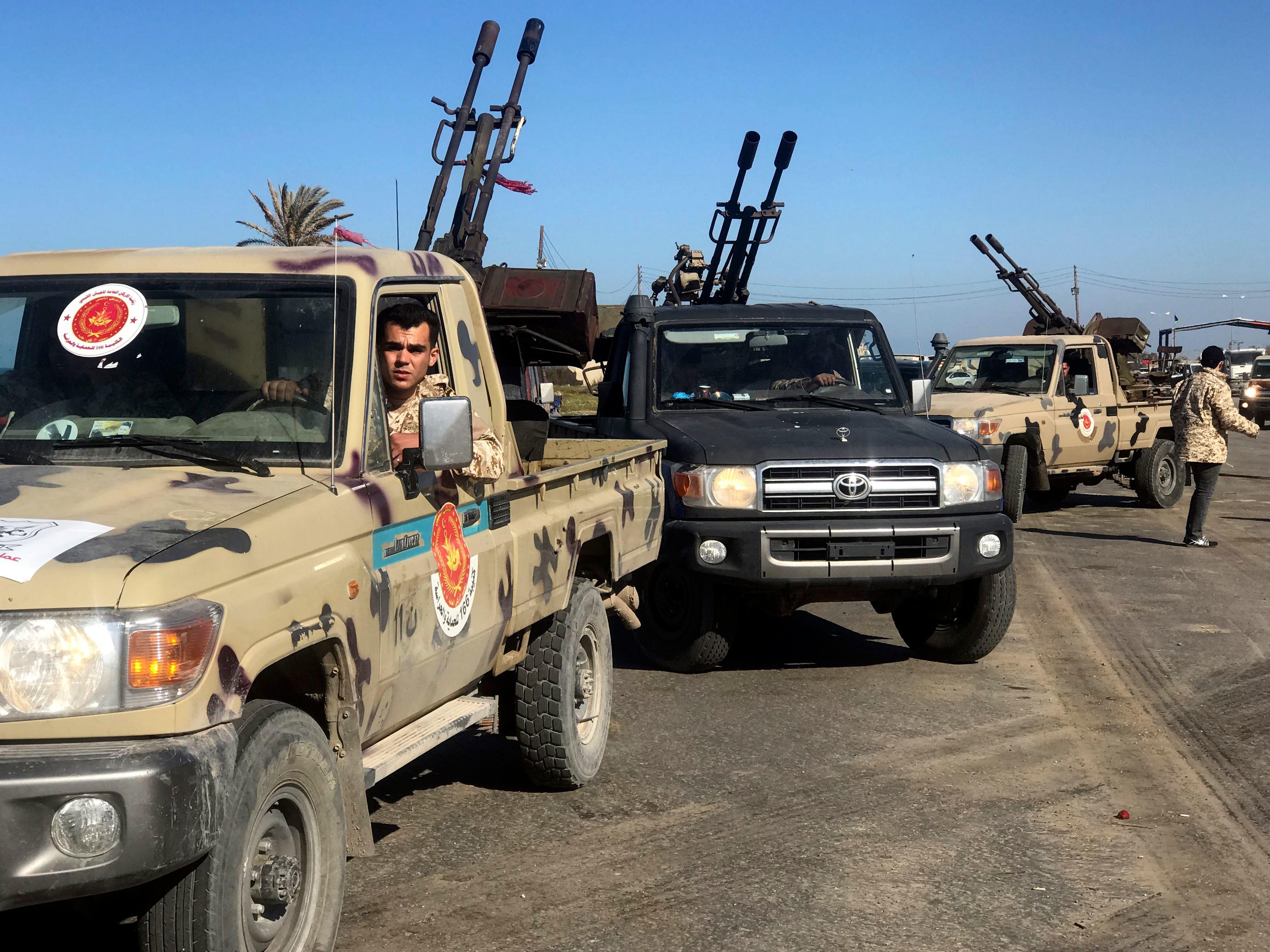 En Libye, cinq jours d'affrontements violents aux portes de Tripoli entre pro-gouvernement et faction