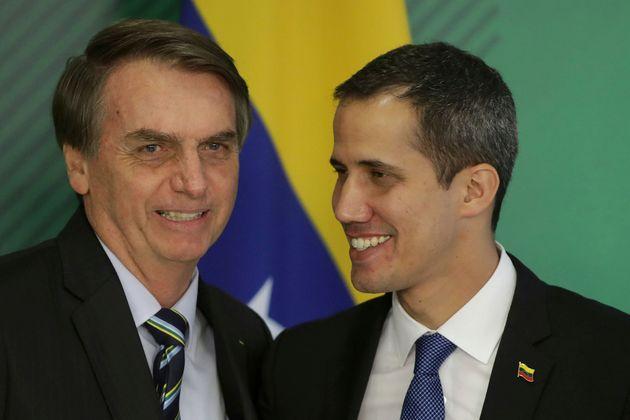 Presidente Jair Bolsonaro se encontra com Guaidó; o Brasil reconhece a ditadura na Venezuela e...