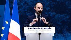 Grand débat: Edouard Philippe fixe quatre priorités et enjambe les gilets