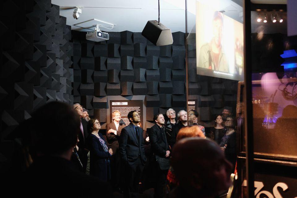 «Play it loud»: Το Met της Νέας Υόρκης επιτέλους φλερτάρει με τη