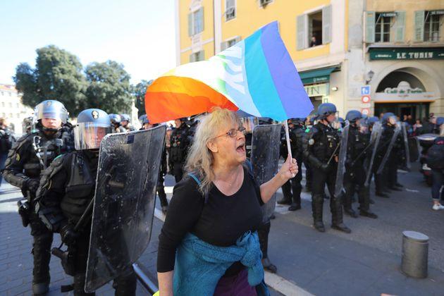 Geneviève Legay lors de la manifestation des gilets jaunes à Nice, le samedi 23 mars