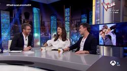 El apuro de Pablo Motos tras una pregunta personal a María Pedraza y a Jaime Lorente en 'El