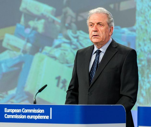Τερματισμό των συνοριακών ελέγχων μεταξύ χωρών της Σένγκεν ζητά ο