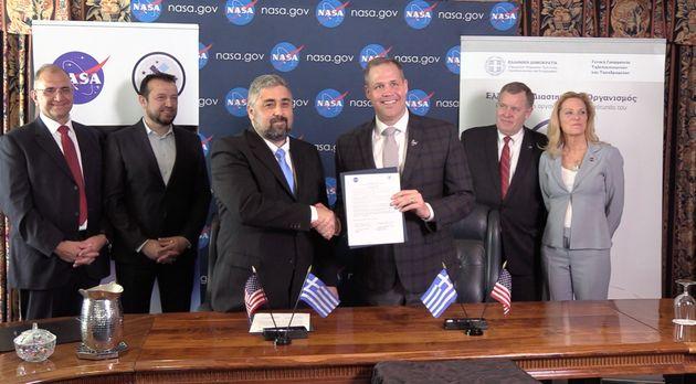 Η Ελλάδα σε πρόγραμμα εξερεύνησης της Σελήνης: Συμφωνία συνεργασίας