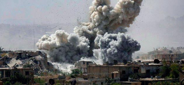 Βομβιστική επίθεση αυτοκτονίας κατά θέσεων του συριακού στρατού στη