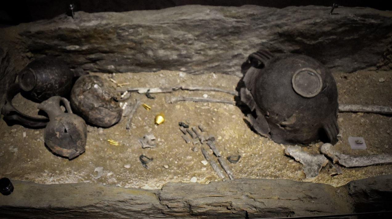 Ο τάφος της νεαρής αρχόντισσας του 8ου αι. π.Χ. από το Ίππειος της