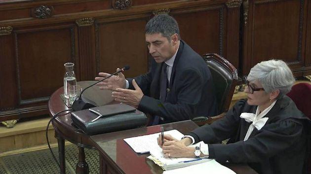 """Trapero se desmarca del independentismo ante la Audiencia y reitera su """"respeto"""" a la"""