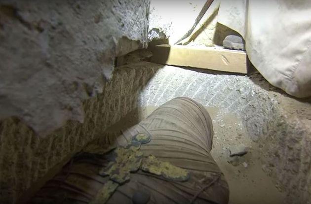 Un sarcophage égyptien de plus de 2.500 ans ouvert en direct à la