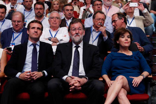 Hay un 0,9% de los españoles que sitúa a Vox en la extrema izquierda y otros datos locos del