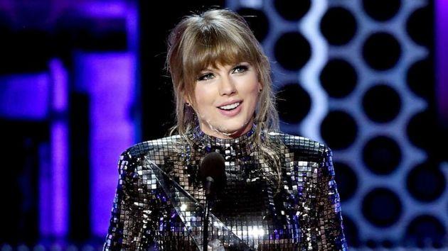 Taylor Swift afait don de 113.000 dollars au Tennessee Equality Project, ce mouvement qui défend...