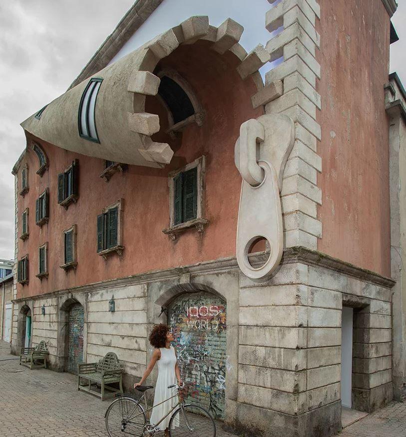 À Milan, un sculpteur