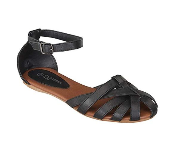 82382e2e573a1 15 Pretty Women's Closed-Toe Sandals On Amazon That Look-High End ...