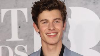 LONDON, -, UNITED KINGDOM - 2019/02/20: Shawn Mendes seen on the red carpet during The BRIT Awards 2019 at The O2, Peninsula Square in London. (Photo by Keith Mayhew/SOPA Images/LightRocket via Getty Images)