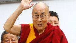 Hospitalisé après des douleurs à la poitrine, le dalaï lama